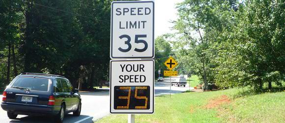 radar speed signs make roads safer